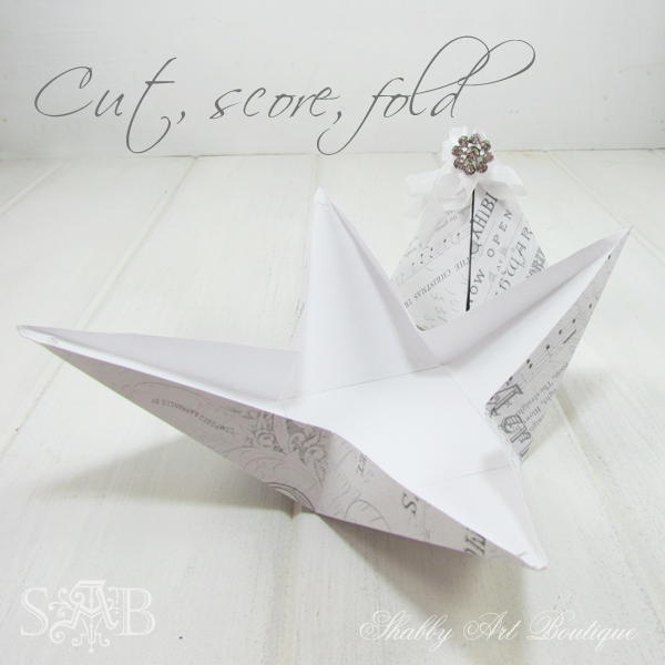 Shabby Art Boutique pyramid box 1