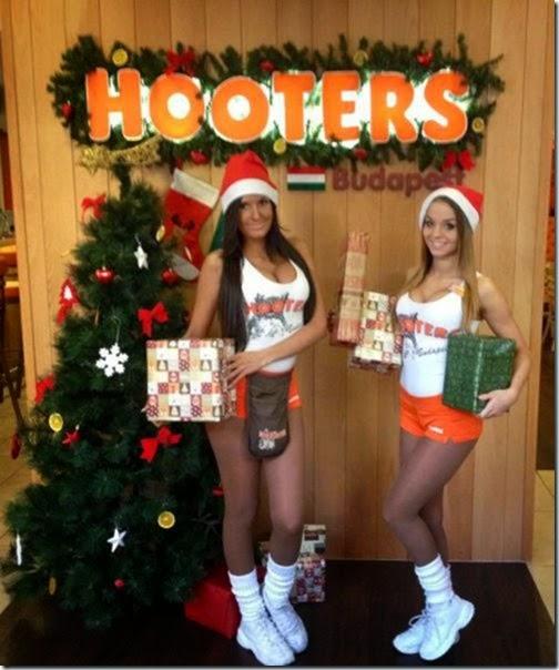 hooters-waitresses-good-005