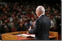 John MacArthur in pulpit