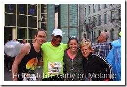 Peter, John, Gaby en Melanie