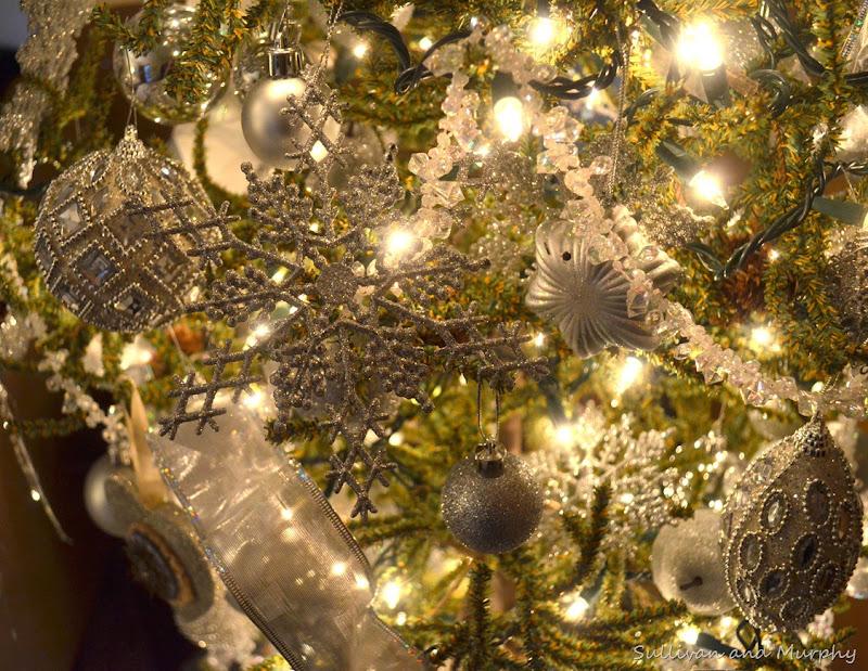 silver ornaments2