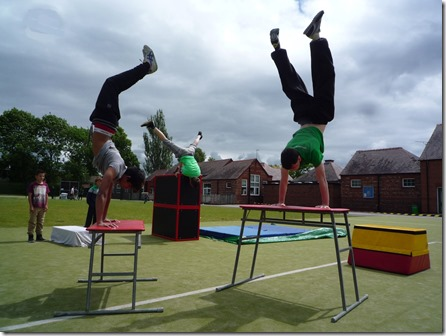 Wyche Primary School - The Nantwich Freerunners demonstration