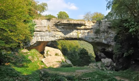Sant-Anna-d-Alfaedo-Ponte-di-Veja1