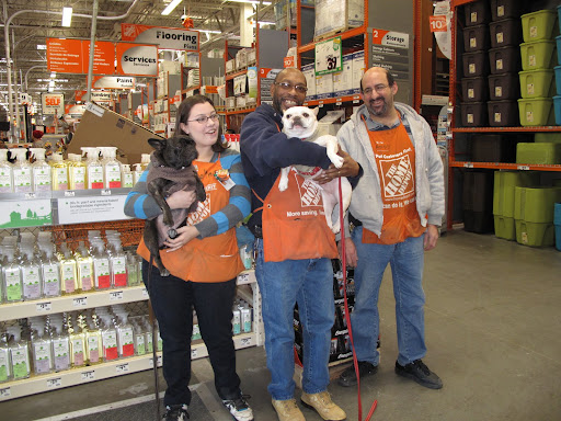We, Frenchies, love shopping, especially in a place like The Home Depot, which has so many interesting things for your house and garden!