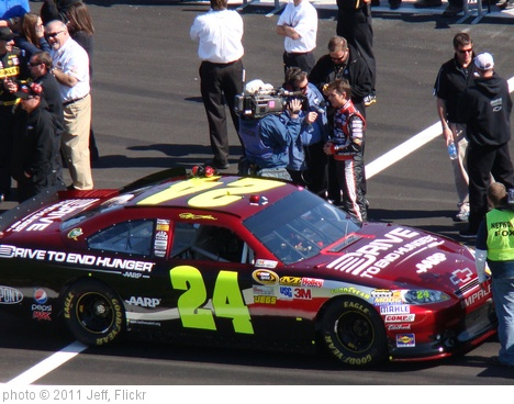 'Jeff Gordon doing an interview.' photo (c) 2011, Jeff - license: http://creativecommons.org/licenses/by-sa/2.0/