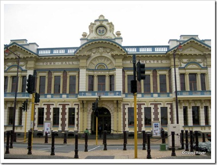 Invercargill's Town Hall and Theatre.