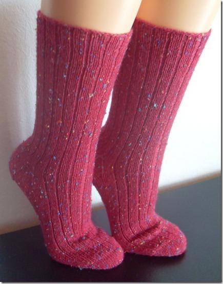2011_09 Socken Stino in weinrot (1)