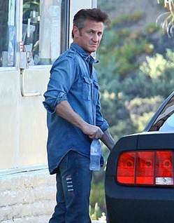 sean-penn-jeans