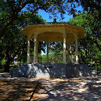 White Point Gardens: In the middle of this public park rests a gazebo perfect for smaller weddings. It's situated right on the water, so you're ensured pretty harbor views.
