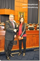 Guo Quan's Wife-Li Jing with Congessman Smith-CECC-2012-02-14 (3)