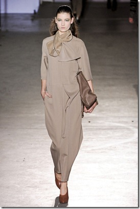 PHILLIP-LIM-FALL-RTW-2011-PODIUM-016_runway