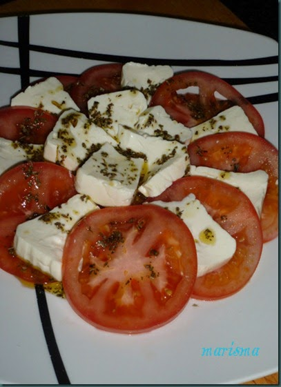 ensalada con queso fresco,racion copia