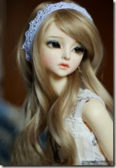 cute-doll-girl-innocent-barbie
