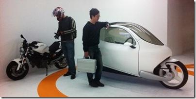 c-1-world-first-self-balancing-motorcycle.1-500x373-crop