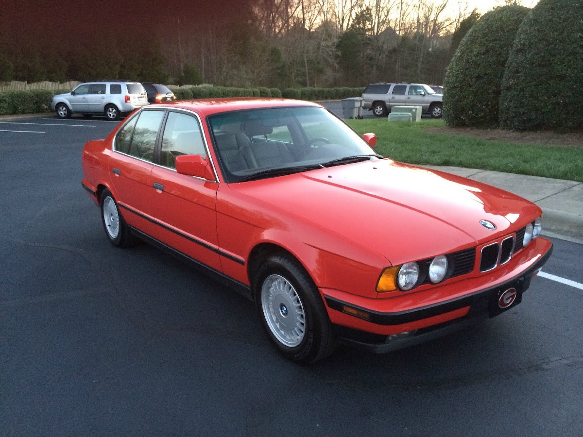 barn find 1992 bmw 525i e34 with just 14,708 miles