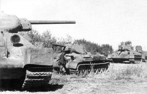 1283185497_perekop-1941-t34-tanks