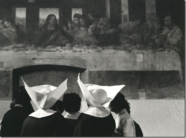 Nuns in front of Leonardos's Last Supper, Milan, 1955