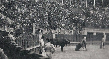 1899-05-17 Madrid Reverte matando al primer saltillo 001_thumb[2]