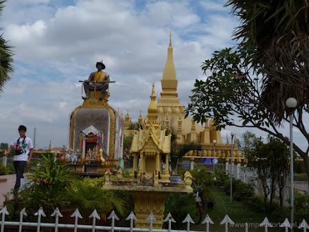 7. Pha That Luang Vientiane.JPG