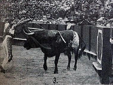 1914-04-21 (p. 4-V ArtTau) Sevilla 2º Joselito (escaneado)