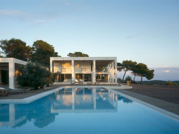 casa-diseño-minimalista-con-piscina-en-ibiza-españa