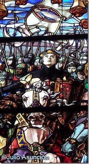 El rey Sancho VII - Vidriera de la Batalla de las Navas de Tolosa - Roncesvalles