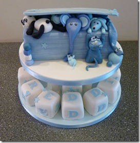 toy-box-and-and-present-cakes