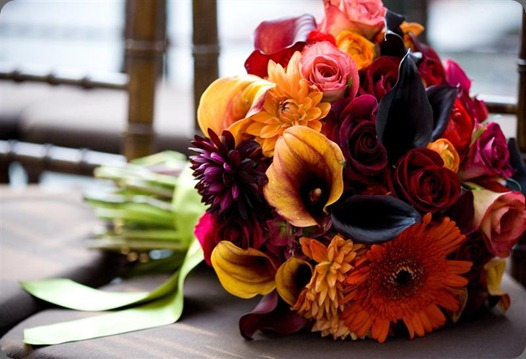 4 Fall Brides Bouquet photo by Jocelyn Folley (800x533) steven bruce designs