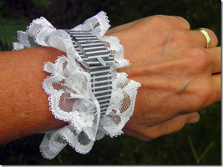 Bracelet Studio File 4 - Barb Derksen