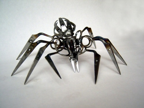 locke-Scissor-Spider-2