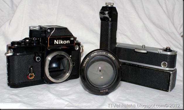 Nikon F2 sumukuvia 035