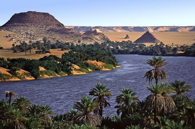 lakes-of-ounianga-6