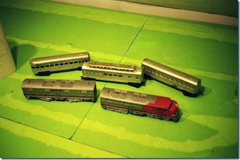 Marx E7s & streamlined passenger cars