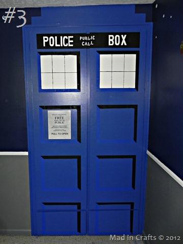 DIY-TARDIS-closet-doors_thumb1
