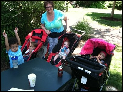 Holly with 4 grandkids2