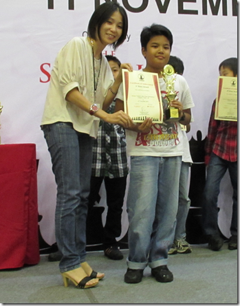 Fahim Al-Faqeh b Saleh winner U-10 category Summit Jr 2012