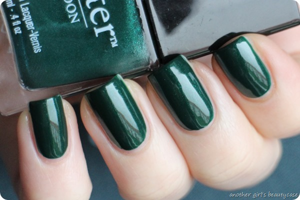LFB Butter London British Racing Green Tannengruen Swatch (4 von 6)