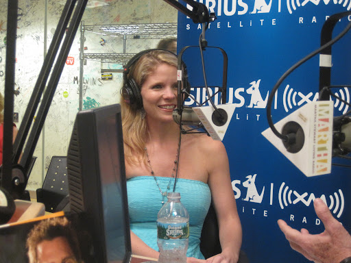 The beautiful and talented actress Kelli O'Hara is no stranger to throwing her own fiestas!
