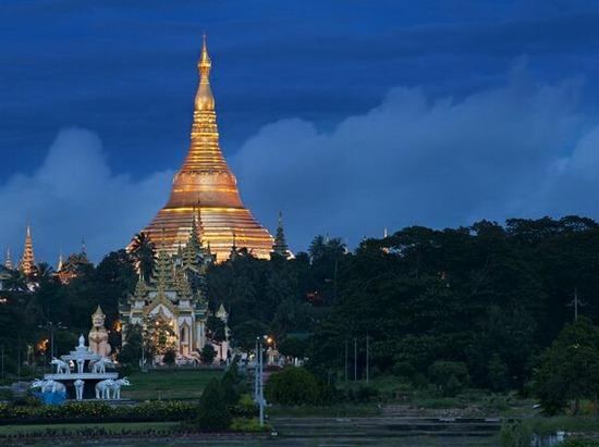 Ngôi chùa 60 tấn vàng thăng trầm cùng dân tộc Miến Điện