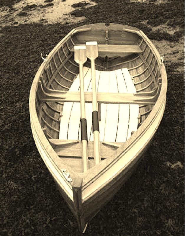 wooden boat MJ Lewis