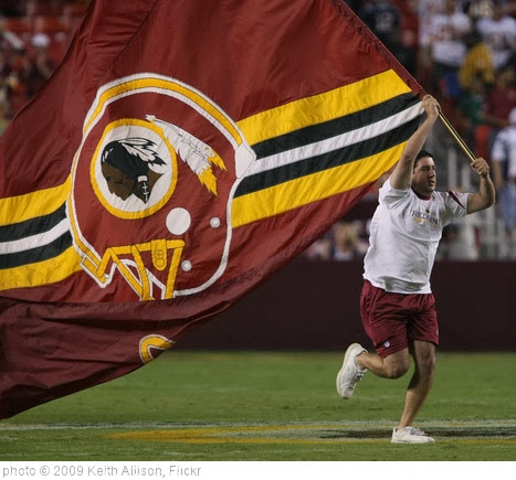 'Washington Redskins' photo (c) 2009, Keith Allison - license: http://creativecommons.org/licenses/by-sa/2.0/