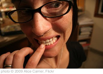 'bite' photo (c) 2009, Alice Carrier - license: http://creativecommons.org/licenses/by-nd/2.0/