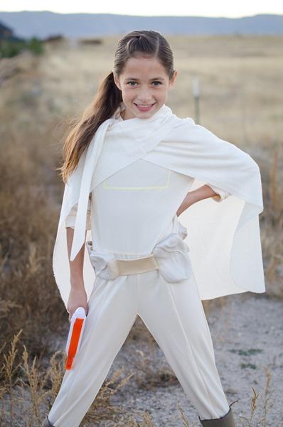 Megan costume-9
