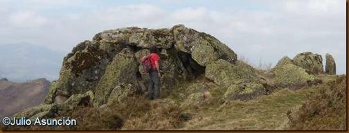 Formación rocosa en Seneguy - Baja Navarra