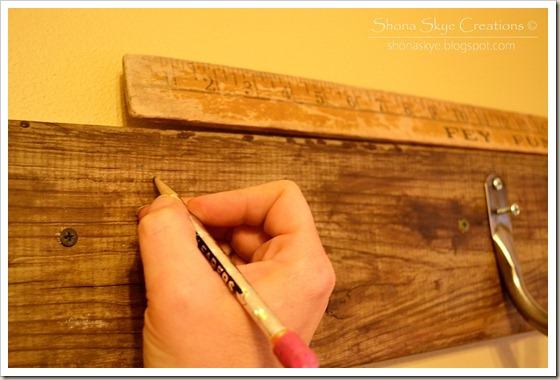 Shona Skye Creations - Reclaimed Decking Coat Rack 004