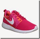 Nike Roshe 1 Trainers