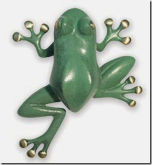 FROG-DOOR-KNOCKER---BRASS