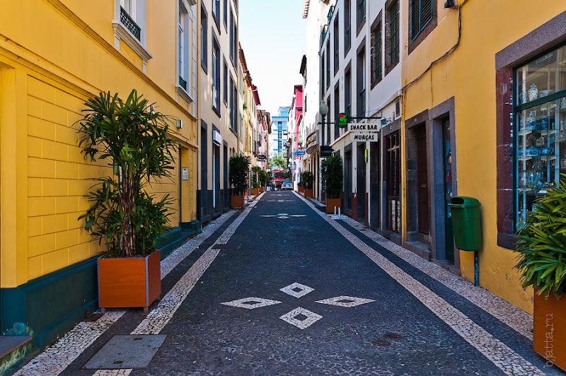 11. Фотопрогулка по улицам города. Улочки. Фуншал. Мадейра. Португалия. Круиз на Costa Concordia.