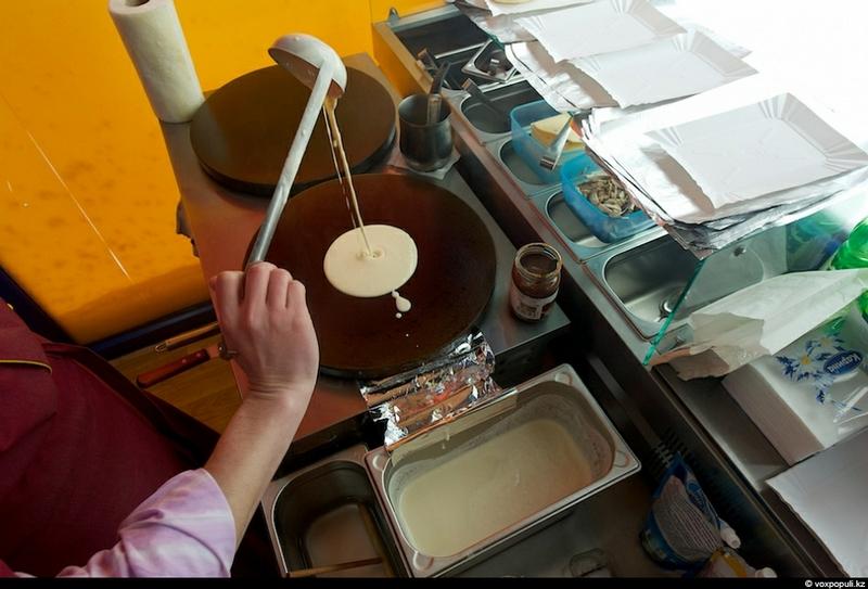 pancakesmaking-34.jpg