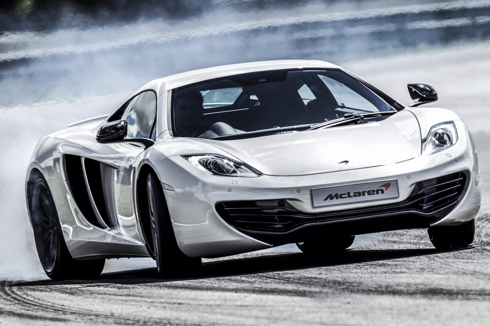 [Resim: 2013-McLaren-MP4-12C-Official-3.jpg?imgmax=1800]